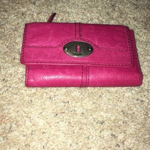Small Fossil wallet in GUC